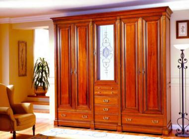 怎么选实木衣柜 实木衣柜选购方法和保养方法介绍